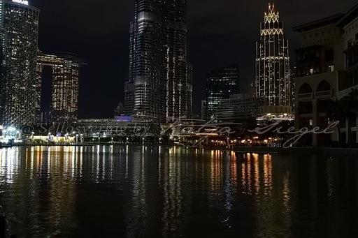 Dubai Fontaine_night