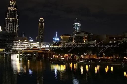 Dubai Fontaine_night_