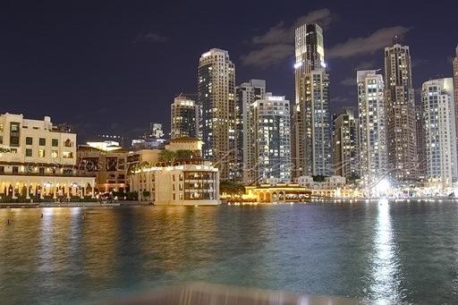 Dubai Fontaine_night_2