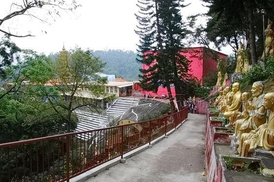 Sha Tin - Ten Thousand Buddhas Monastery 萬佛寺