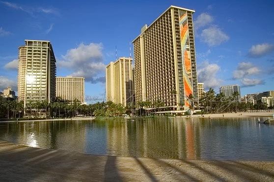 Hilton_Waikiki_1
