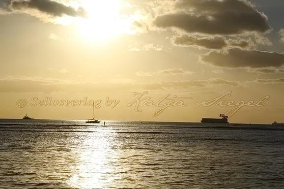 Waikiki_sunset_1